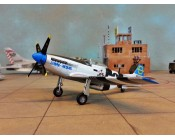 "AVION P-51D MUSTANG ""JUMPIN-JACKES"" ESCALA 1:72"