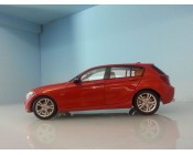 BMW 125i ESCALA 1:18