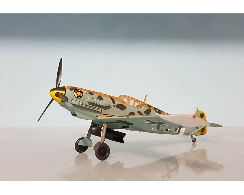 AVION MESSERSCHMITT BF109E AS HANS-JOACHIM MARSEILLE ESCALA 1:72