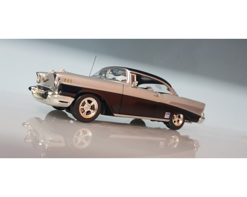 CHEVY BELAIR 1957 ESCALA 1:25