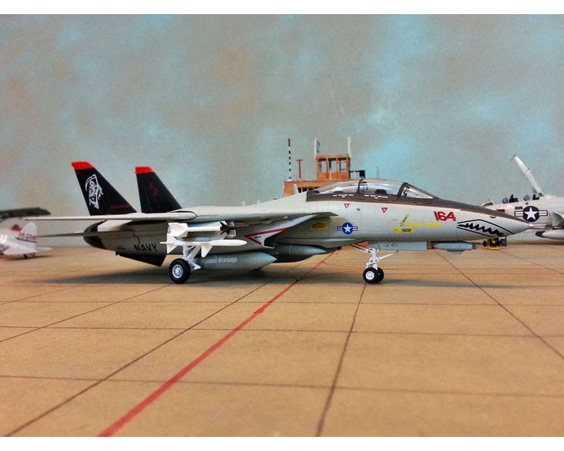 "AVION F-14D SUPER TOMCAT ""GRIM REAPERS"" ESCALA 1:72"